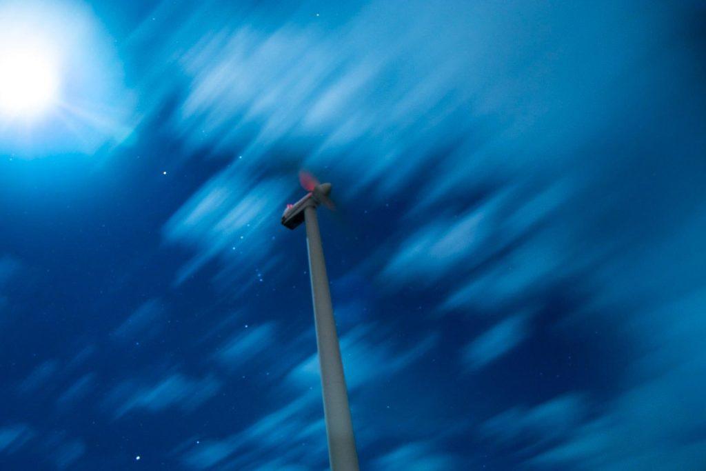 Fotografia-Nocturna--Molino-en-la-tormenta