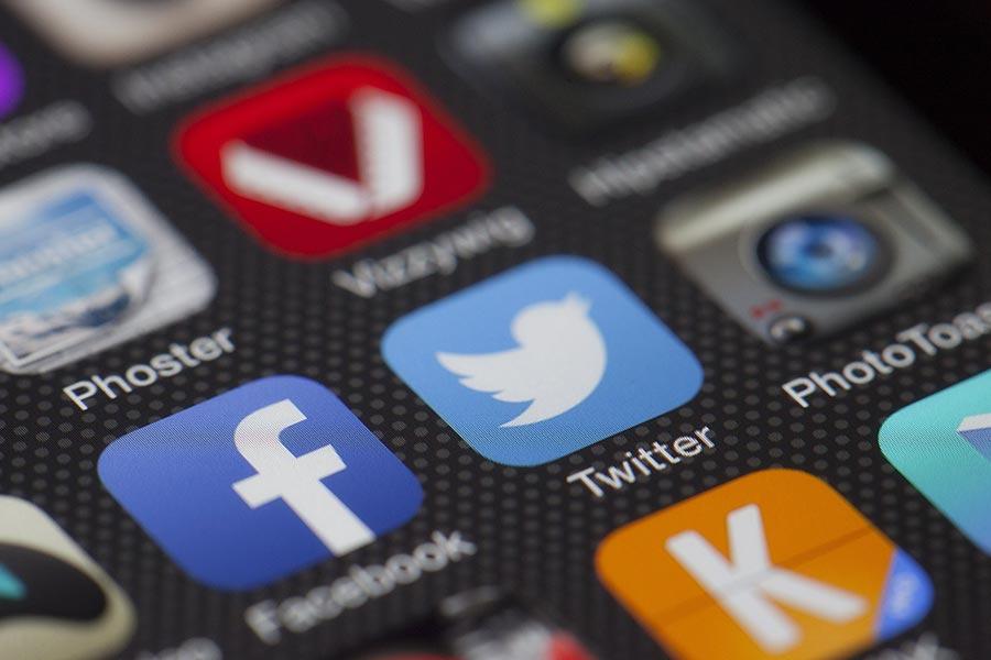 Identidad-Corporativa-Redes-Sociales-2